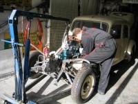 Citroen Traction Avant engine going in